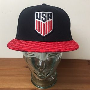 USA Soccer fitted Hat cap World Cup 7 1/4 outlaws